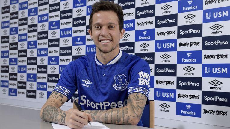 Bernard TIẾT LỘ lý do chọn Everton thay vì Chelsea - Bóng Đá