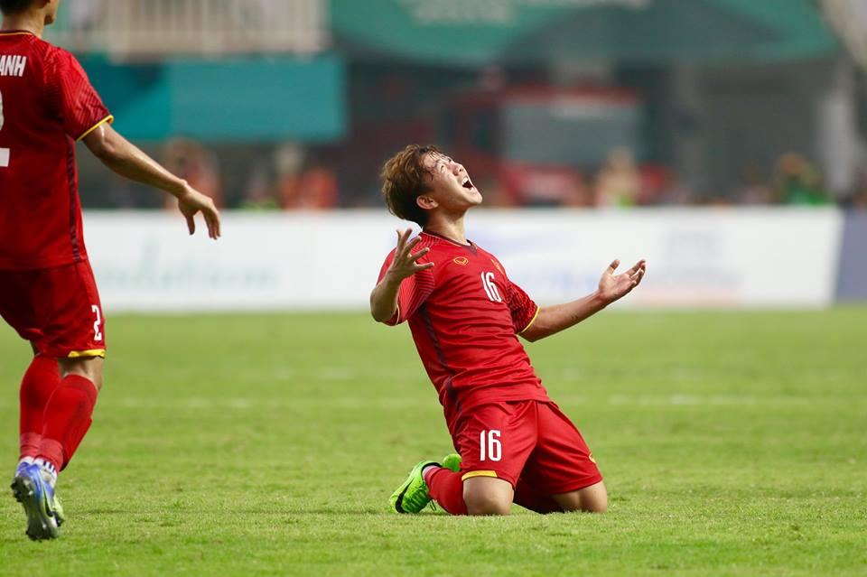 """Minh Vương và bàn thắng siêu phẩm: """"Trời thương kẻ khó"""" - Bóng Đá"""