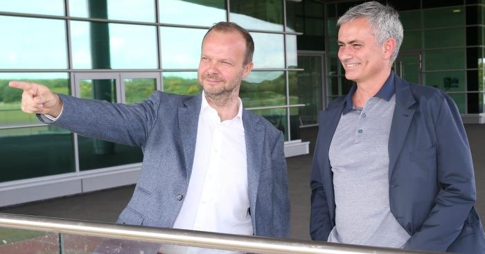 Đây, lý do vì sao Ed Woodward quyết giữ Mourinho ở lại Man Utd - Bóng Đá