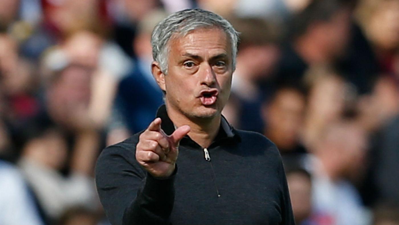 Mourinho chỉ ra 2 điểm yếu M.U phải cấp bách vá lại bằng các tân binh - Bóng Đá