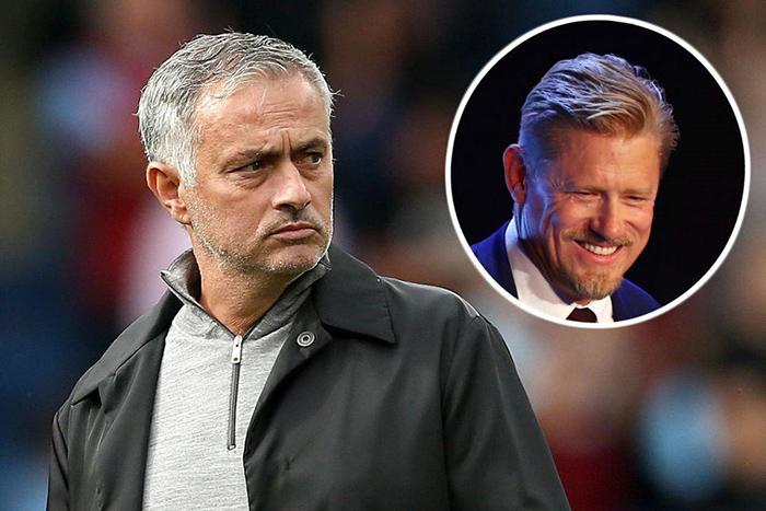 Peter Schmeichel đoán định tương lai của Mourinho tại M.U - Bóng Đá