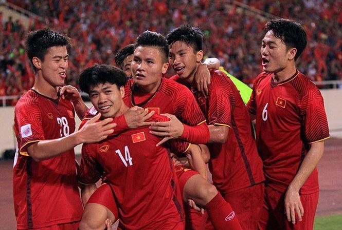 Báo Pháp đưa Việt Nam vào top 10 đội tuyển tiêu biểu 2018 - Bóng Đá