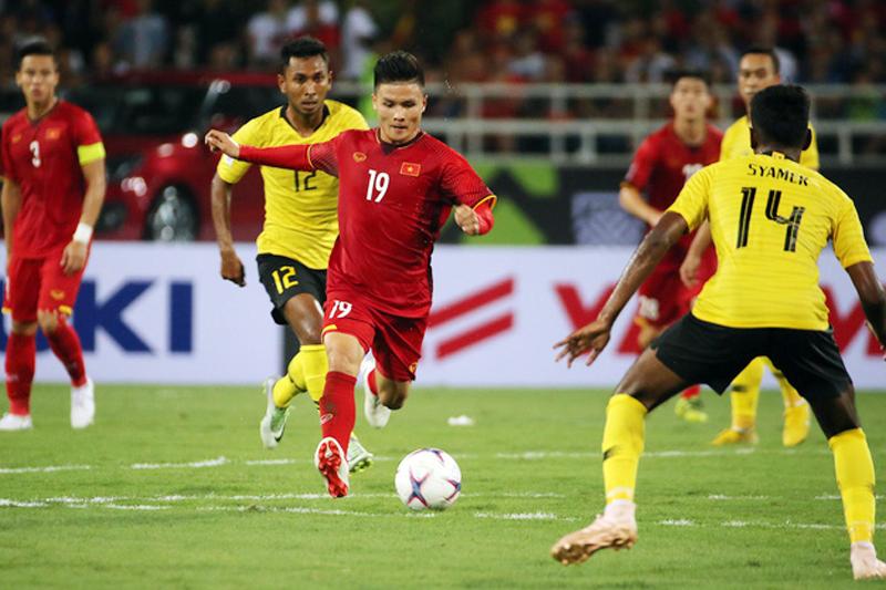 Báo Trung Quốc: Quang Hải nối ngôi Son Heung-min, rực sáng Asian Cup - Bóng Đá