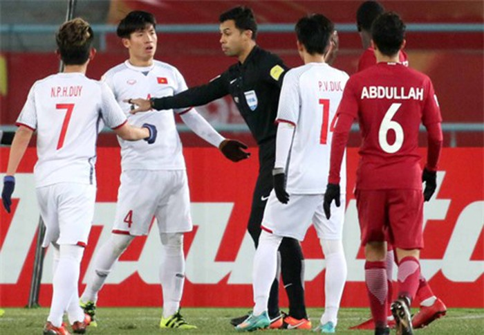 Trọng tài bắt chính trận Việt Nam vs Iran: Kẻ gieo sầu cho lứa U23 tại Thường Châu - Bóng Đá