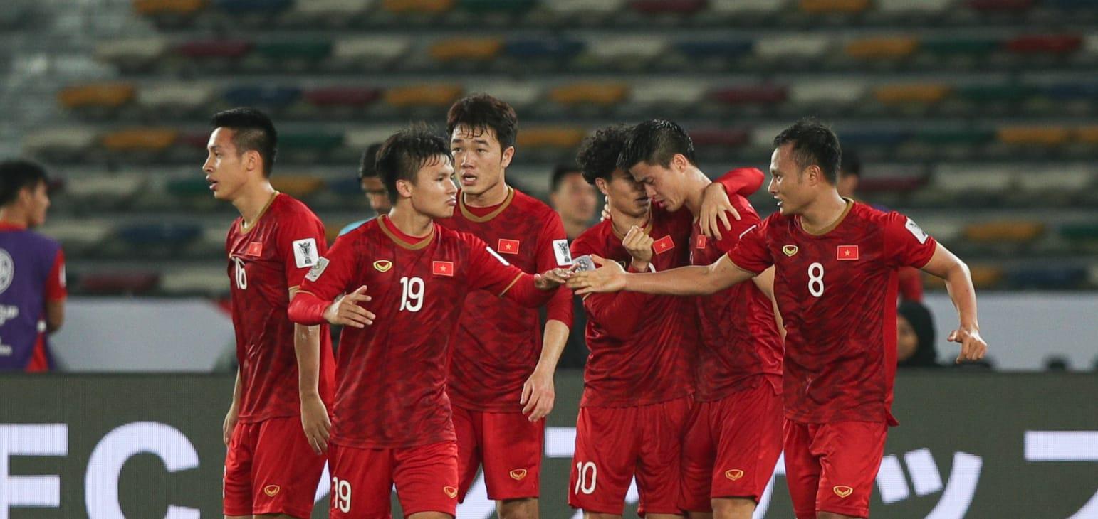 Philippines thua trận thứ 2: Lời cảnh báo cho thầy Park - Bóng Đá