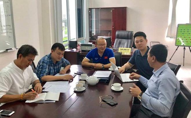 VFF đã có câu trả lời về tương lai của HLV Park Hang-seo - Bóng Đá