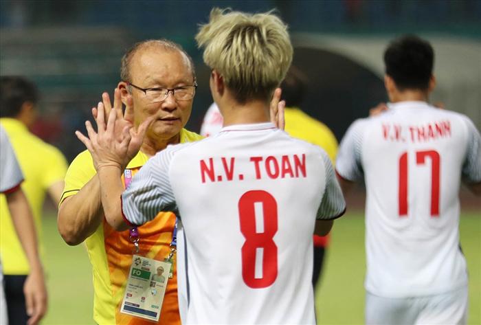 Khai màn V-League rực rỡ, HAGL nợ HLV Park Hang-seo lời cảm ơn - Bóng Đá