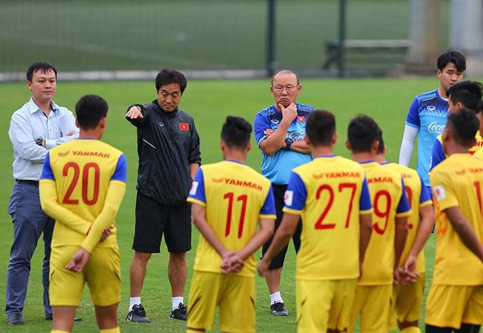 HLV Park Hang-seo chỉ ra 2 điều khó khăn nhất ở U23 Việt Nam - Bóng Đá