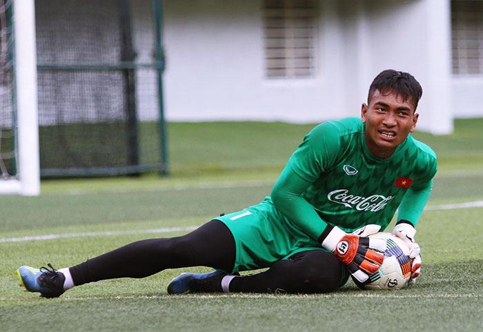 Điểm danh 6 cái tên có nguy cơ chia tay U23 Việt Nam trước thềm vòng loại châu Á - Bóng Đá
