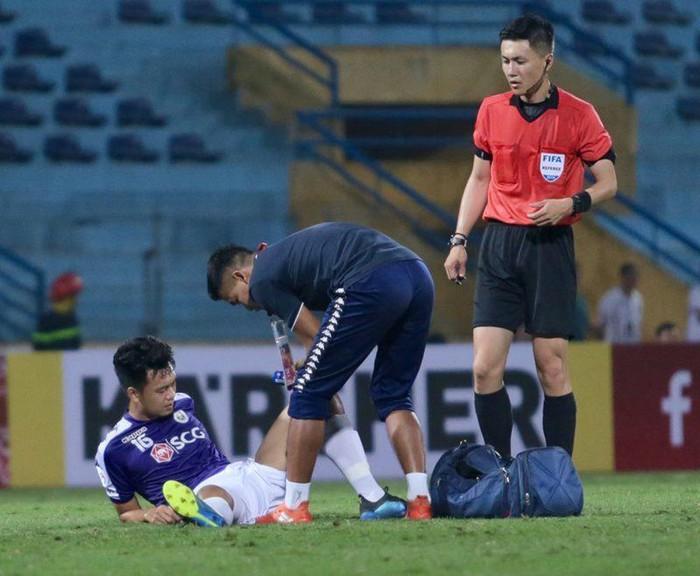 CLB Hà Nội nhận cùng lúc 2 hung tin sau trận thua đáng tiếc trước Yangon (Văn Quyết, Thành Chung) - Bóng Đá