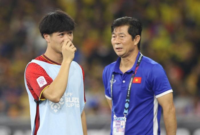 Trợ lý thầy Park hiến kế để Công Phượng ghi bàn tại K-League(Bae Ji-won) - Bóng Đá