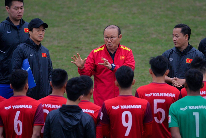 Sếp lớn VFF lên tiếng về thông tin HLV Park Hang-seo gọi gần 100 cầu thủ - Bóng Đá