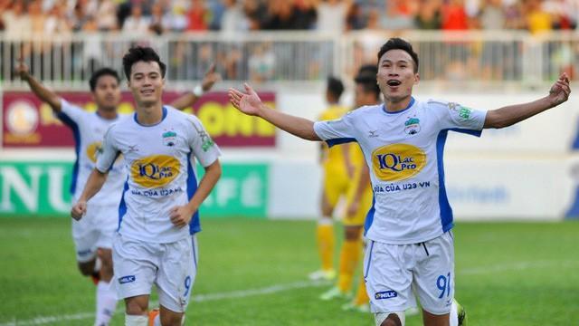 TRỰC TIẾP HAGL 1-0 Than Quảng Ninh (H1): Văn Toàn mở điểm - Bóng Đá