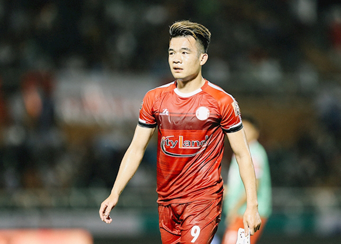TRỰC TIẾP TP.HCM 0-0 Viettel (H1): Hoàng Thịnh sớm rời sân - Bóng Đá