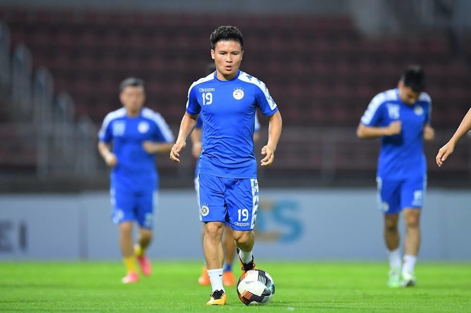 Hà Nội tiếp đội đầu bảng trên sân không khán giả: Lửa đỏ thử Vàng mười - Bóng Đá