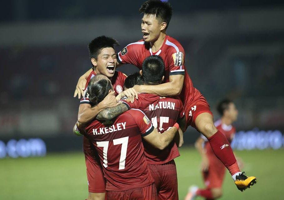 Hoàng Thịnh ghi bàn phút bù giờ, TP.HCM thắng nghẹt thở Than Quảng Ninh tại Cửa Ông - Bóng Đá