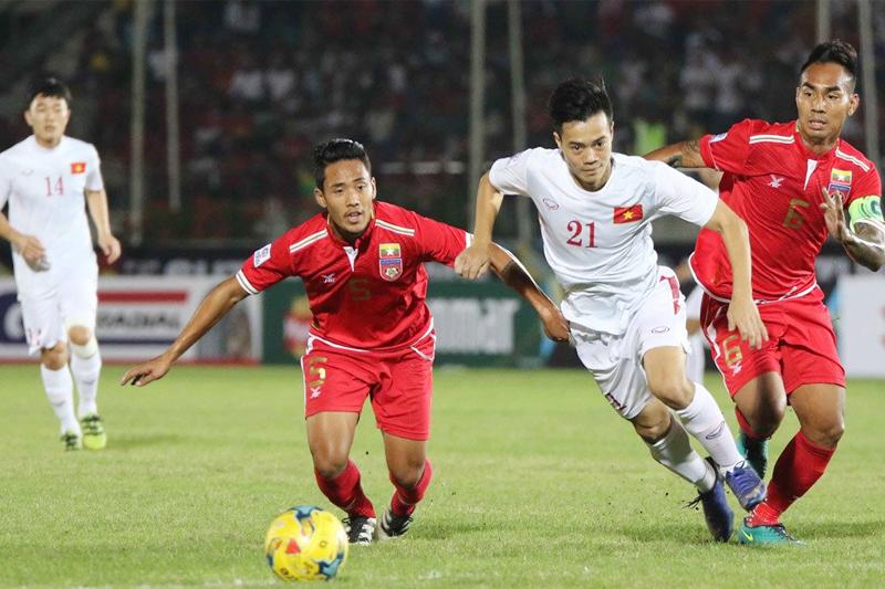 BLV Quang Huy chỉ ra 1 cái tên sẽ được thầy Park trao suất đá chính tại King's Cup (Văn Toàn) - Bóng Đá