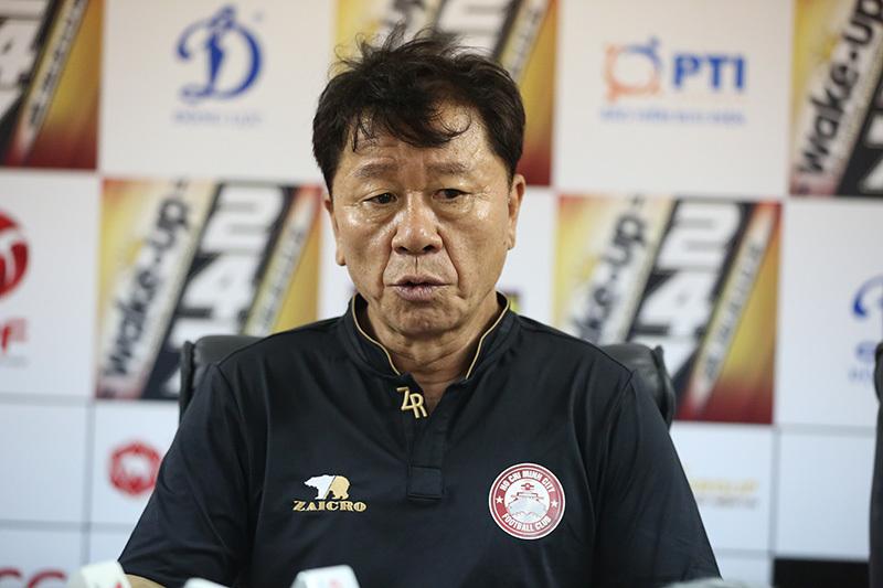 CLB TP.HCM vắng bóng ở ĐT Việt Nam, bạn thân thầy Park nói gì? - Bóng Đá