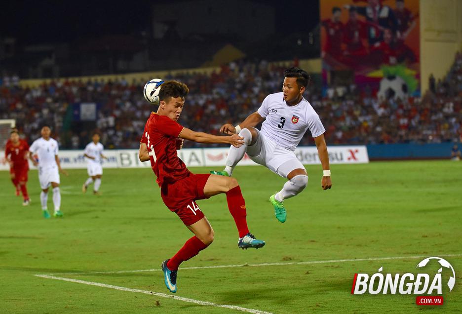 TRỰC TIẾP U23 Việt Nam 0-0 U23 Myanmar (Hiệp 1): Hoàng Đức đá phạt nguy hiểm - Bóng Đá