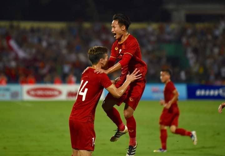 TRỰC TIẾP U23 Việt Nam 1-0 U23 Myanmar (Hiệp 1): Việt Hưng mở điểm cho đội chủ nhà - Bóng Đá