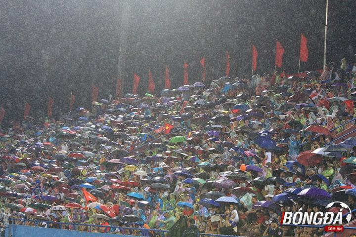 TRỰC TIẾP U23 Việt Nam 1-0 U23 Myanmar (Hết H1): Chủ nhà giữ lợi thế trước giờ nghỉ - Bóng Đá