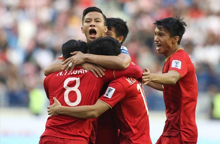 ĐT Viêt Nam có hạng FIFA cao nhất trong 20 năm: Xin cảm ơn thầy Park - Bóng Đá