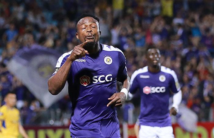 CLB Hà Nội mất chân sút số 1 đến hết V-League 2019 (Ganiyu Oseni) - Bóng Đá