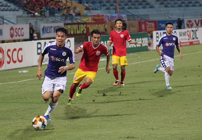 TRỰC TIẾP CLB Hà Nội 0-0 Hồng Lĩnh Hà Tĩnh (H1): Chủ nhà đẩy cao đội hình ngay từ đầu - Bóng Đá