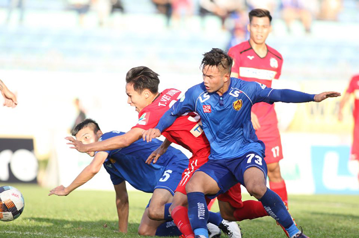 TRỰC TIẾP Quảng Nam 0-0 HAGL (Hiệp 2): Chủ nhà đẩy cao đội hình - Bóng Đá