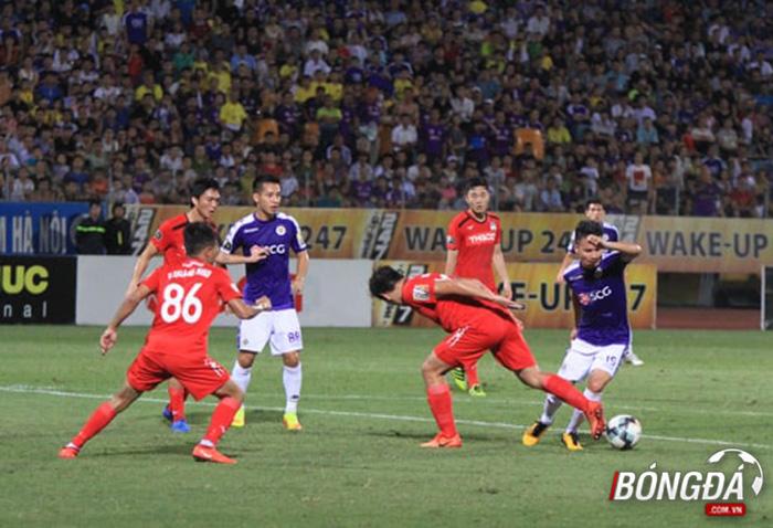 TRỰC TIẾP CLB Hà Nội 1-0 HAGL (Hiệp 1): Hà Nội tiếp tục dồn ép - Bóng Đá