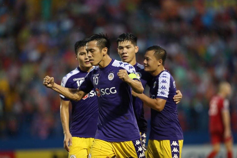 TRỰC TIẾP B.Bình Dương 0-1 Hà Nội (Hiệp 1): Văn Quyết mở tỷ số cho đội khách - Bóng Đá