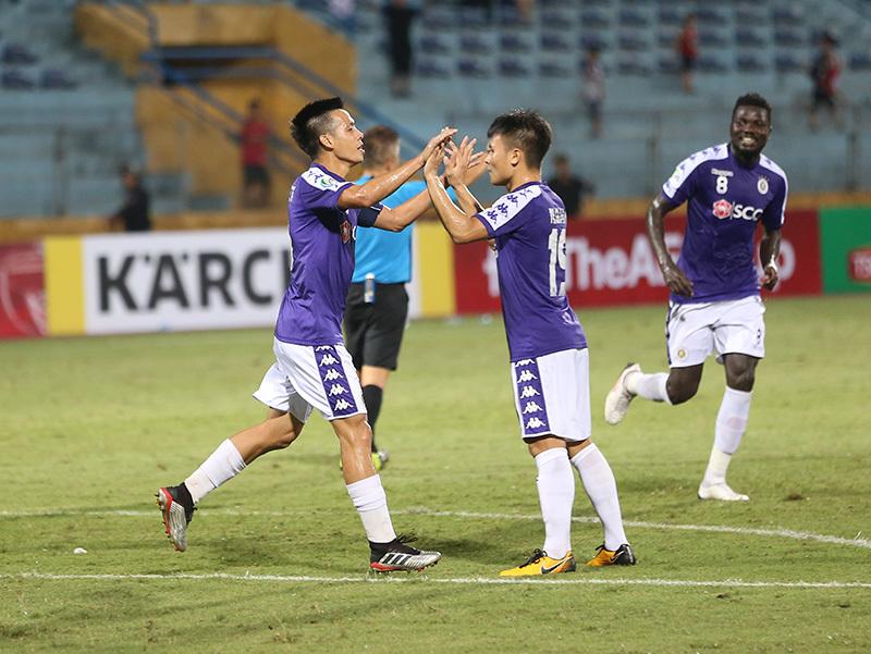 5 điểm nhấn vòng 19 V-League: Vòng đấu Fergie Time, Hà Nội lấy lại ngôi đầu - Bóng Đá