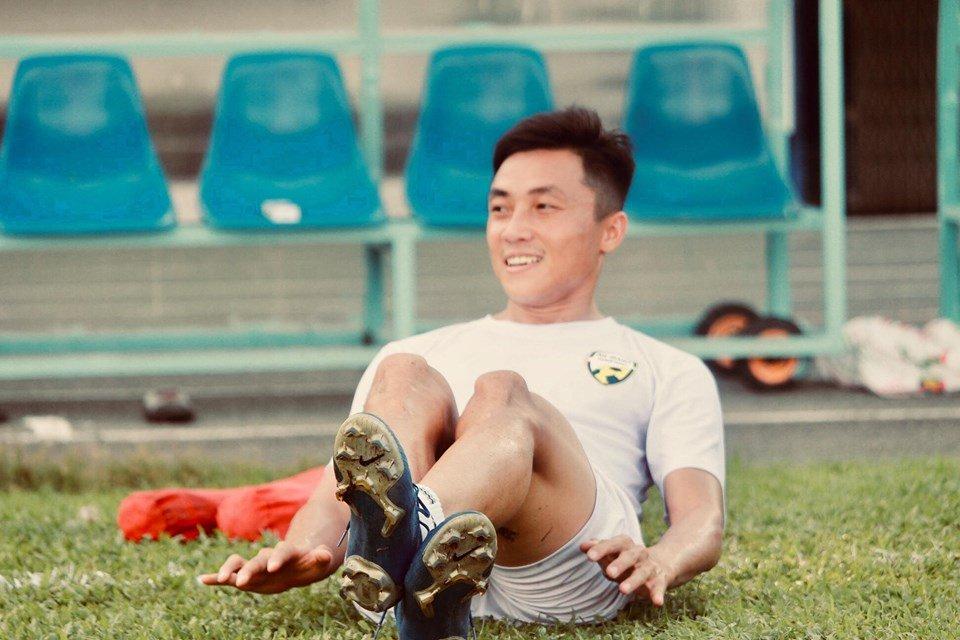 Ngô Hồng Phước: Từ sân bóng phủi đến chiếc áo U22 Việt Nam - Bóng Đá