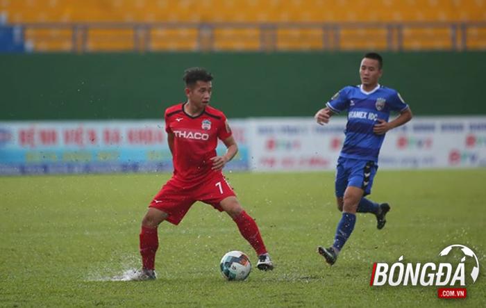 TRỰC TIẾP B.Bình Dương 0-0 HAGL (Hiệp 1): Hai đội thi đấu thăm dò - Bóng Đá
