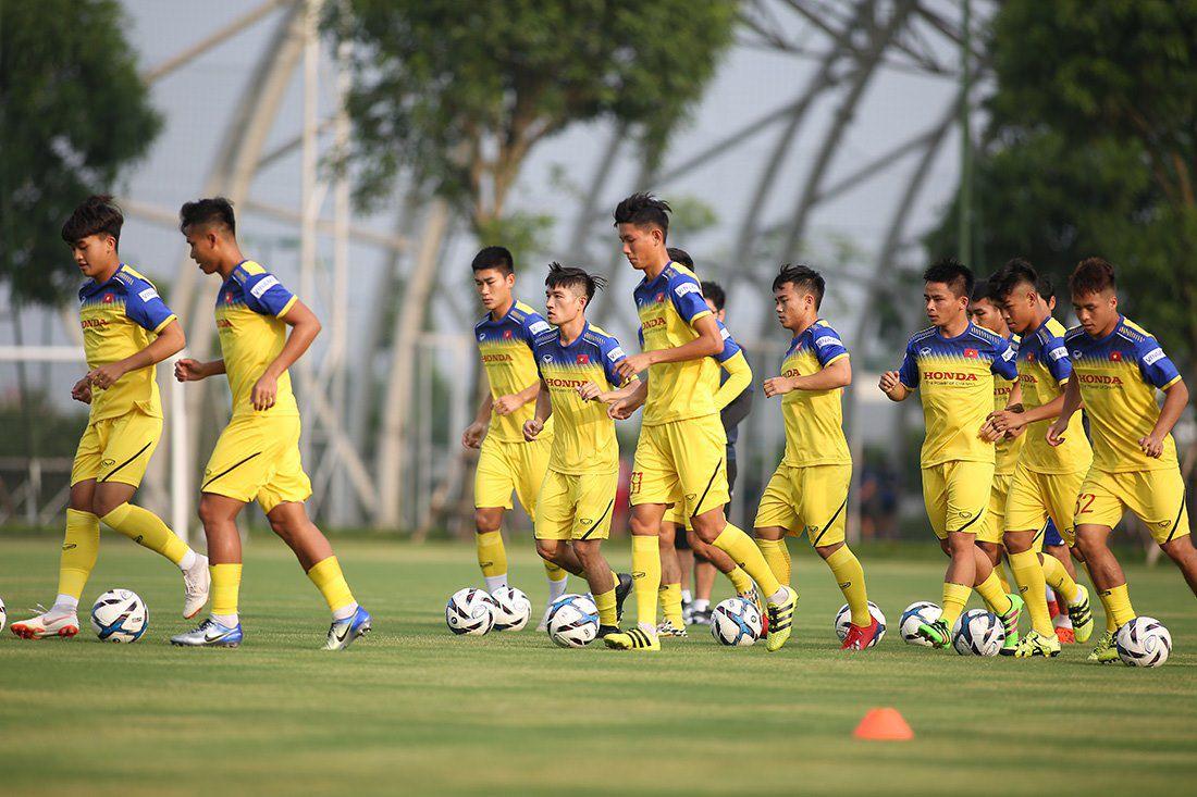 Đã rõ lý do Martin Lo và các cầu thủ Phố Hiến vắng mặt ở U22 Việt Nam - Bóng Đá