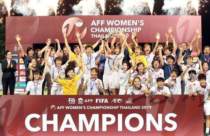 ĐT nữ Việt Nam vô địch, Hà Nội đi Chung kết: Củng cố đế chế số 1 ĐNA - Bóng Đá