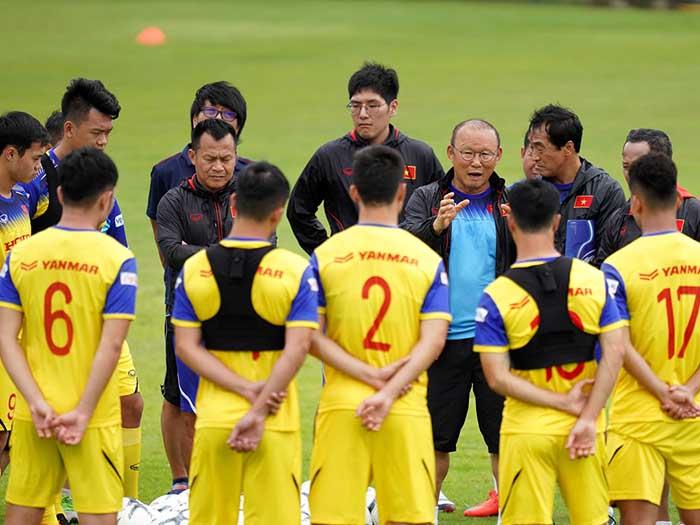 ĐT Việt Nam chịu thiệt thòi lớn trước trận tiếp ĐT Malaysia, thầy Park có đau đầu? - Bóng Đá