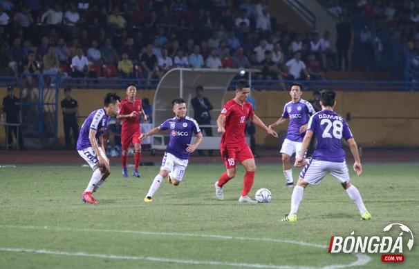 TRỰC TIẾP CLB Hà Nội 2-1 April 25 (Hiệp 2): Đội khách dồn ép - Bóng Đá