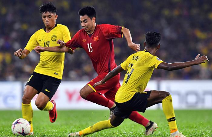 Chia tay Hoàng Thịnh, hàng tiền vệ ĐT Việt Nam lấy gì chống đỡ sức mạnh của Malaysia? - Bóng Đá
