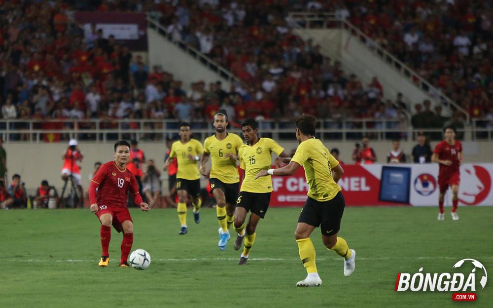 TRỰC TIẾP Việt Nam 0-0 Malaysia (Hiệp 1): Đội khách pressing tầm cao - Bóng Đá