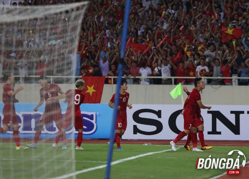 TRỰC TIẾP Việt Nam 1-0 Malaysia (Hiệp 1): Quang Hải mở tỷ số - Bóng Đá