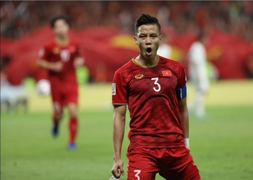 Quế Ngọc Hải: Từ thủ lĩnh hàng thủ đến người hùng thầm lặng trận thắng Malaysia - Bóng Đá
