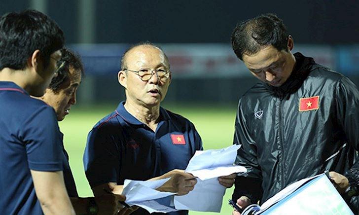 Báo Malaysia: HLV Park Hang-seo xứng danh là bậc thầy chiến thuật - Bóng Đá