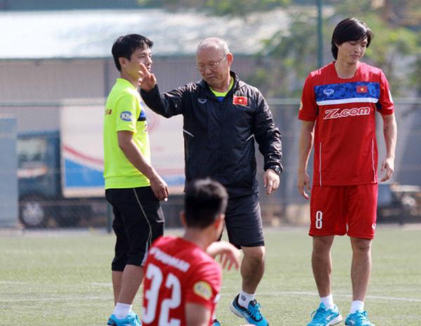 HLV Park Hang-seo tiết lộ cái tên sẽ thay thế Tuấn Anh trong trận gặp Indonesia - Bóng Đá