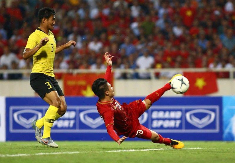 TRỰC TIẾP Indonesia vs Việt Nam: Đã rõ cái tên thay thế Tuấn Anh - Bóng Đá