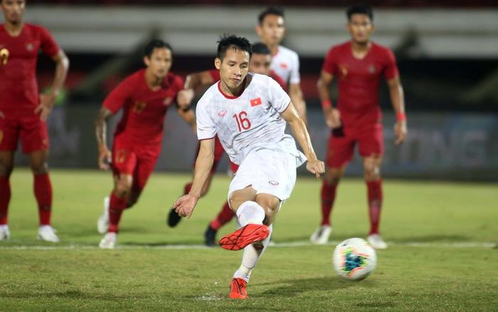Đỗ Hùng Dũng nói 1 điều về quả penalty hỏng ăn ở trận Indonesia - Bóng Đá