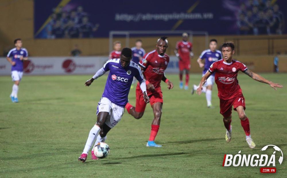 TRỰC TIẾP CLB Hà Nội 0-0 CLB TP.HCM (Hiệp 1): Đức Huy uy hiếp khung thành đội khách - Bóng Đá