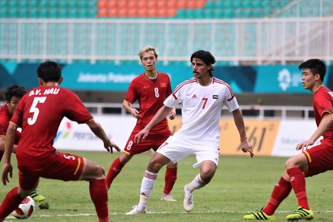 Báo UAE tiết lộ về đội hình ĐTQG sẽ sử dụng trong trận đấu với ĐT Việt Nam - Bóng Đá