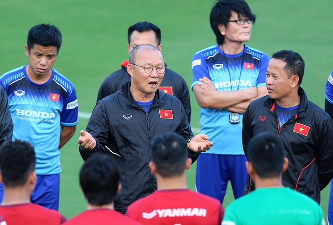CHÍNH THỨC: HLV Park Hang-seo gia hạn 3 năm, quyết đưa ĐT Việt Nam vào top châu Á - Bóng Đá
