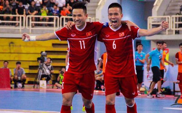 Hé lộ 2 cầu thủ tuyển Việt Nam chuẩn bị sang Tây Ban Nha thi đấu - Bóng Đá